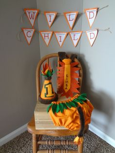 First Birthday Cake Smash Outfit Jungle and Lion Themed Orange Brown Green Leaf Neck Tie Birthday Hat Diaper Cover for Baby Boy Dinosaur First Birthday, Jungle Theme Birthday, Lion King Birthday, 1st Birthday Cake Smash, Baby First Birthday, 1st Boy Birthday, First Birthday Parties, Birthday Party Themes, First Birthdays