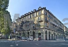 Best Western Hotel Genio Torino Best Western Hotel Genio is a 19th-century building with air-conditioned rooms, located on Turins central Corso Vittorio Emanuele. Porta Nuova railway station is 200 metres away.