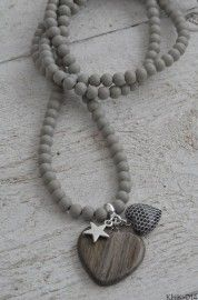 necklace with heart and star - love the simplicity of this piece