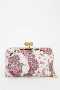 a548aea3ad94 Urban Outfitters - LeSportsac Lela Fleur D Ete Zip Wallet Zip Wallet