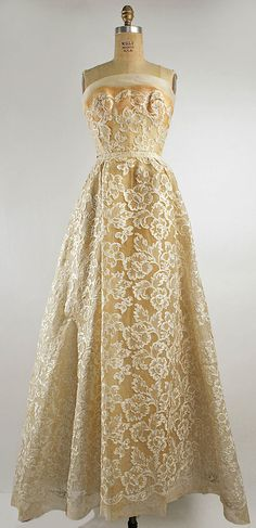 """Christian Dior (French, 1905–1957). """"Phyllis,"""" spring/summer 1953. House of Dior (French, founded 1947). The Metropolitan Museum of Art, New York. Gift of Mrs. Byron C. Foy, 1955 (C.I.55.76.21a, b)"""