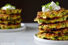 5-Ingredient Zucchini Fritters | recipe via justataste.com