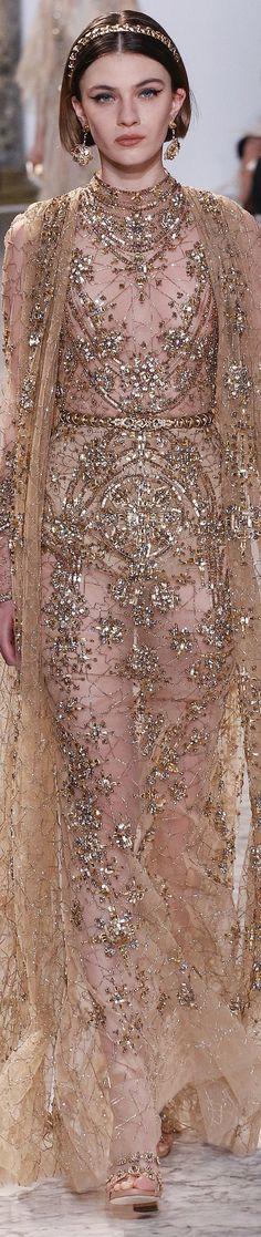 Elie Saab Spring 2017 Haute Couture Elie Saab Couture, Armani Prive, Fashion Moda, Runway Fashion, Style Rose, Christian Dior, Elie Saab Spring, Ellie Saab, Glamour