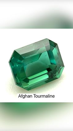 Types Of Diamonds, Raw Gemstones, Rocks And Minerals, Woodworking, Jewels, Abstract Paintings, Earth, Beautiful, Nature