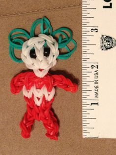 Thing 1 and Thing 2 Rainbow Loom Figures Charms Best by LuxeLoom Loom Band Charms, Rubber Band Charms, Rubber Band Bracelet, Loom Bands, Rubber Bands, Cute Crafts, Creative Crafts, Diy Crafts, Rainbow Loom Characters