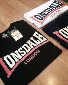 W sklepie pojawiły się koszulki Lonsdale London Two Tone w kolorach: czarnym, granatowym i białym. Koszulki dostępne w rozmiarach: M, L, XL i XXL oraz cenie: 59 zł  https://col.com.pl/sklep/catalogsearch/result/index/?cat=73&manufacturer=28&q=Two+tone  #lonsdale #lonsdaleLondon #twoTone #klasyka_od_lonsdale #ponowniedostepne #backonstock