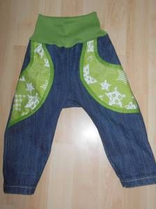 Kinderhose aus alter Jeans / Kids' pants made from old pair of jeans / Upcycling
