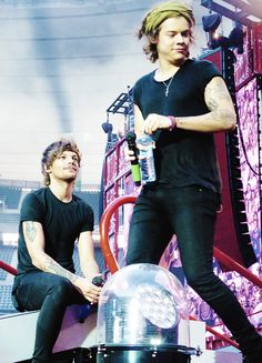 I like this photo too much | Larry Stylinson
