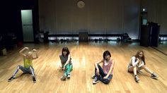 "2NE1 - ""FALLING IN LOVE"" Dance Practice (안무연습) (+playlist)"