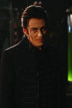 Richard Roxburgh as Dracula in the movie Van Helsing