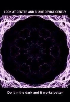 Check out: Cool Memes - Look at center. One of our funny daily memes selection. We add new funny memes everyday! Funny Mind Tricks, Eye Tricks, Brain Tricks, Cool Pictures, Funny Pictures, Cool Optical Illusions, Funny Illusions, Mind Games, Brain Teasers