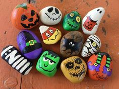 Stone Crafts, Rock Crafts, Fall Crafts, Holiday Crafts, Crafts For Kids, Diy And Crafts, Halloween Rocks, Halloween Crafts, Halloween Decorations