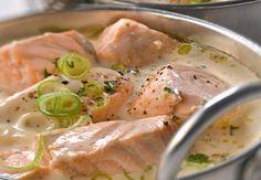 A blanquette of salmon in no time, it is possible: quickly, the recipe! - Fradin - - Une blanquette de saumon en un rien de temps, c'est possible : vite, la recette ! Blanquette of salmon Fish Recipes, Seafood Recipes, Great Recipes, Cooking Recipes, Healthy Recipes, Punch Recipes, Grilled Recipes, Cooking Tips, Food Porn