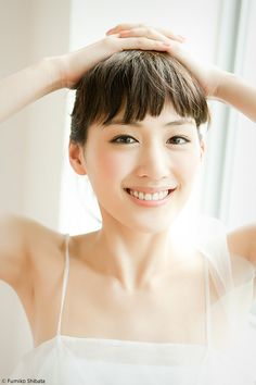 Cute Japanese, Japanese Beauty, Smile Images, Asian Angels, Hair Arrange, Asian Eyes, Chinese, Portrait Inspiration, Natural Looks