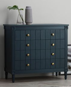 VERSATILE STORAGE This chest features with five handy drawers for useful storage. We think it works well in any room, but looks especially good in bedrooms, living rooms and hallways. Vintage Chest Of Drawers, Vintage Trunks, Storage Solutions, Cupboards, Cabinets, Bookshelves, Home Accessories, Beautiful Homes, Interior Design