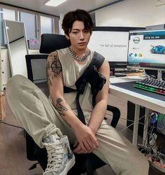 Jungkook Abs, Jungkook Fanart, Foto Jungkook, Taehyung, Pretty Boys, Cute Boys, Bts Aesthetic Wallpaper For Phone, Bts Wallpaper, Bts Imagine