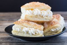 All the cream horn flavor without all the work! Puff pastry filled with cream horn filling. No baking tubes required.