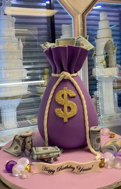 Money Bag Themed Cake Related posts: Money Bag Birthday Cake Money Bag cake Money Bag Birthday Cake – Hot air balloon themed cake for sweet little Zachary's birthday. Money Birthday Cake, 19th Birthday Cakes, Sweet 16 Birthday Cake, Pink Birthday Cakes, Beautiful Birthday Cakes, Homemade Birthday Cakes, Birthday Cakes For Women, Chanel Cake, Bottle Cake