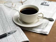 Are people drinking too much coffee? Coffee addiction: Do people consume too much caffeine? Coffee Drinks, Coffee Cups, Drinking Coffee, Starbucks Drinks, Coffee Time, Caffeine Detox, Make You Feel, How Are You Feeling, Too Much Coffee