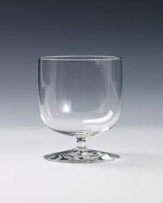 Hermann Bongard. Modell: Hermann. Utført ved Hadeland Glassverk. 1952. (Foto: Nasjonalmuseet) Wine Glass, Tableware, Model, Dinnerware, Dishes, Place Settings, Wine Bottles