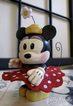 custom vintage minnie mouse vinylmation!   Kairi would like this and brandon would buy it for her lol