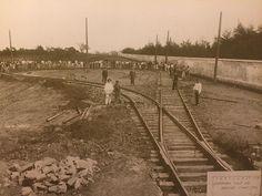 Av. Dr Arnaldo, fim de linha do bonde. Ao lado direito o muro do cemitério do Araçá - ano de 1902