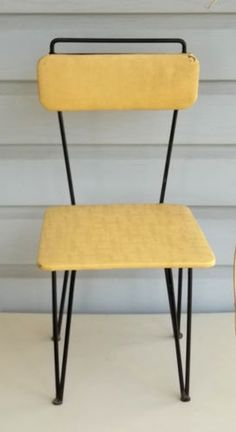 Vintage Mid Century Modern HAIRPIN Leg Childs CHAIR Decorative Stand Stool Eames