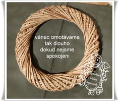 Věnec omotávaný (vrstvený) Grapevine Wreath, Wicker Baskets, Grape Vines, Wreaths, Frame, Crowns, Photograph Album, Picture Frame, Door Wreaths