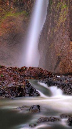 Queensland-Australia-Falls-National-Park-iPhone-6-Wallpaper.
