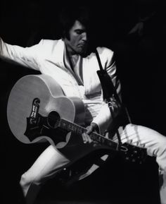 Elvis at the International Hotel in august 1969.