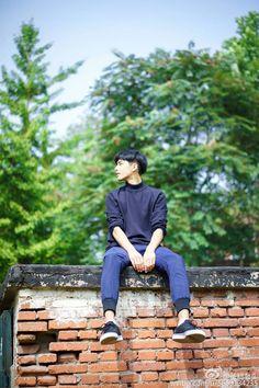 Song Wei Long, Dalian, Ulzzang Boy, Good Looking Men, Beautiful Boys, Family Photos, How To Look Better, It Cast, China