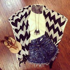 Summer outfit - Shorts - Beach - Kimono