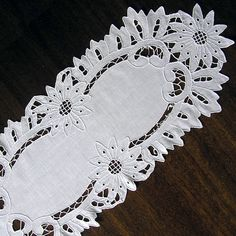 Vintage cutwork embroidery (1960s), richelieu embroidery, doily, Handmade, Vintage, Housewares, Home Decor, hand embroidered, White Canvas, My Wealth