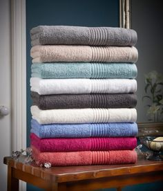 The Ultimate bath towel pampers skin with the softness of zero-twist cotton and is trimmed with a dobby chenille border. 100% Cotton. Plush, supersoft and extra absorbent. This product is OEKO-TEX Certified - for the protection of the manufacturer's employees and the product's consumers, no harmful substances are used in the manufacturing process.