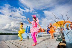 Cabaret on The Sea at Festival Teluk Jailolo Cabaret, Festivals, Lily Pulitzer, Sea, Dresses, Fashion, Vestidos, Moda, Fashion Styles