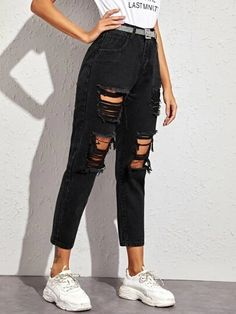 Check out this Ripped Pocket Side Boyfriend Jeans Without Belted on Shein and explore more to meet your fashion needs! Black Ripped Boyfriend Jeans, Black Ripped Jeans Outfit, Cute Ripped Jeans, Mom Jeans Outfit, Boyfriend Jeans Style, Black Denim, Cute Casual Outfits, Pretty Outfits, Elegantes Outfit