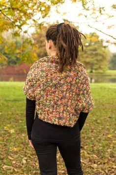 beautiful #crochet shrug from @acreativebeing