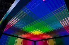 Des installations de rubans colorés Megan Geckler