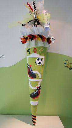 SCHULTüTE FUSSBALL - 400 individuelle Produkte aus der Kategorie: Kind | DaWanda
