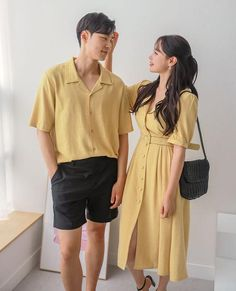 Cute Couple Poses, Matching Couple Outfits, Matching Couples, Simple Shirts, Couple Aesthetic, Korean Outfits, Korean Style, Ariel, Korean Fashion