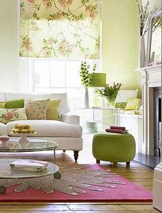 green and white living room inspiration Living Room Green, Green Rooms, Living Room Colors, New Living Room, Home And Living, Living Room Decor, Home And Deco, Living Room Inspiration, Sweet Home