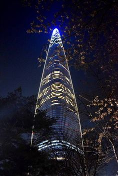 Lotte World Tower is a 123-floor, 554.5-metre supertall skyscraper located in Seoul, South Korea. Lotte World Tower elegant tapered shape is a nod to traditional Korean art forms. Though the shape of the design led to challenging structural complexities, it was effective at minimizing wind loads.