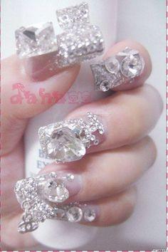 Luxury 3D diamond nail