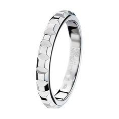 BOUCHERON pointe de diamant small platinum wedding band