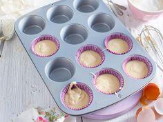 Wir haben sechs praktische Tipps & Tricks für zwölfmal kleines Kuchenglück zusammengestellt. So gelingt das Muffins backen!