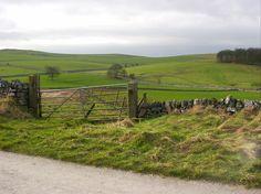 UK Walks - Lathkill Dale and Youlgreave Circular Walk