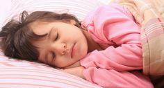 Os professores consideraram as sestas uma parte valiosa do dia das crianças pré-escolares e uma pesquisa agora confirma os benefícios da aprendizagem da soneca durante o dia.