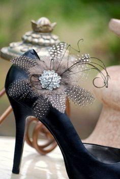 Tuxedo feathers and rhinestone shoe clip