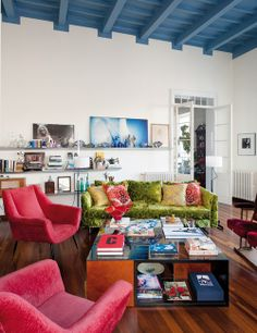 Bold color couch and chairs. Bohemian Mediterranean interior | Daily Dream Decor