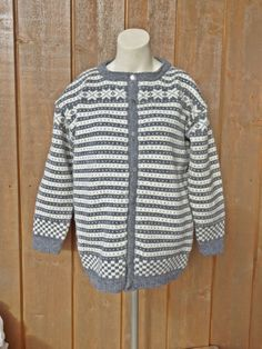 Fanakofte i naturlig Norsk ullgarn! Str. S Men Sweater, Pullover, Blog, Sweaters, Fashion, Threading, Tutorials, Moda, Fashion Styles
